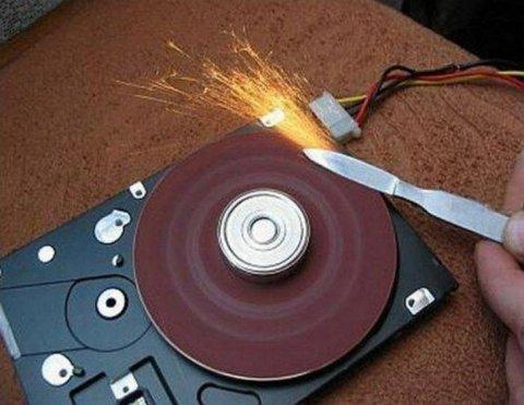 Налоговая вправе копировать данные с жестких дисков, не относящиеся к проверке