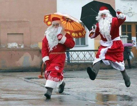 Россияне рассказали, о чем попросили бы Деда Мороза