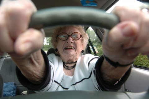 Средняя пенсия по старости в 2020 году может вырасти до 15,4 тыс. рублей