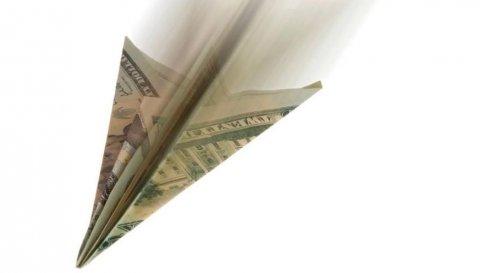 Сбербанк снизил прогноз по среднему курсу доллара в 2017 году до 58,6 рублей
