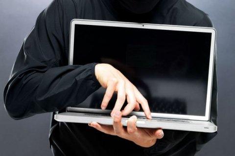 Почти половину кибератак в России совершают подростки