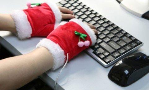 Каждый пятый россиянин работал в новогодние каникулы, показал опрос