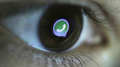 Мошенники в WhatsApp похищают деньги с помощью платных подписок