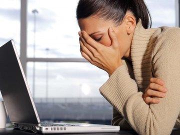 Работающие за ПК не менее половины рабочего времени должны проходить медосмотры