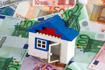 ЦБ обсудит с банками проблему погашения валютной ипотеки